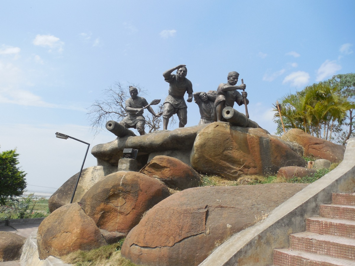 Lachit Barphukan & Religion - A rebuttal to Commie deception.